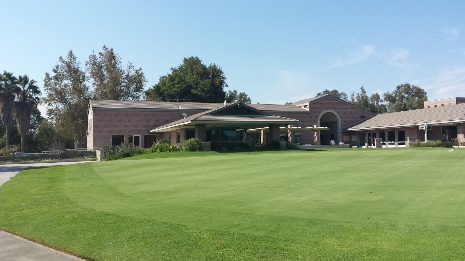 Woodley Lakes Golf Course restaurant